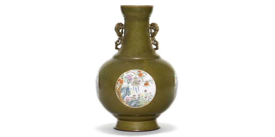 A MAGNIFICENT IMPERIAL VASE FOR SALE AT BONHAMS HONG KONG