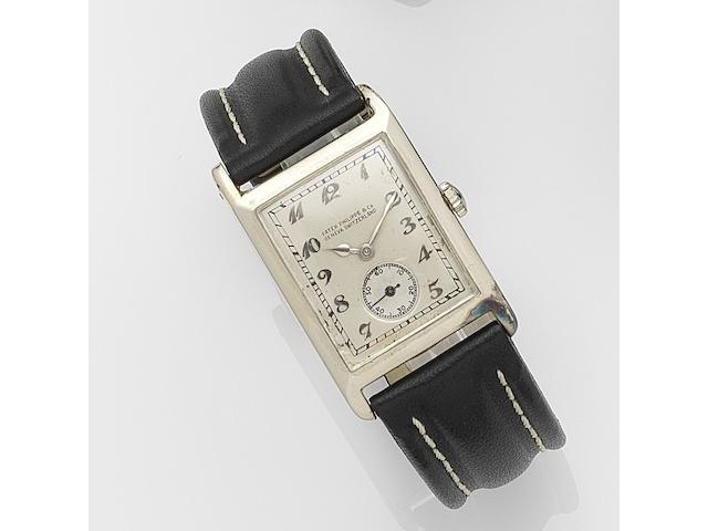 Patek Philippe. An 18ct white gold manual wind wristwatch  Case No.414507, Movement No.818134, Circa 1930