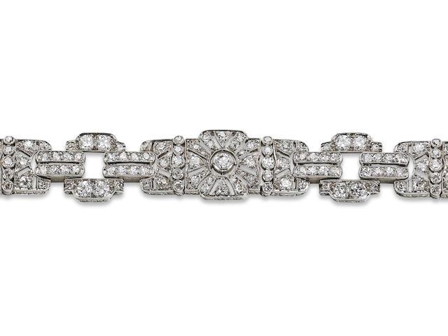 An Art Deco diamond bracelet, French