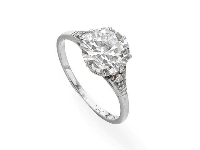 An Art Deco diamond single-stone ring