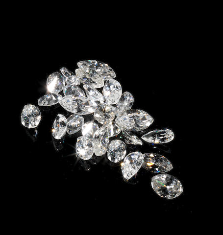 A group of unmounted diamonds (partially illustrated)