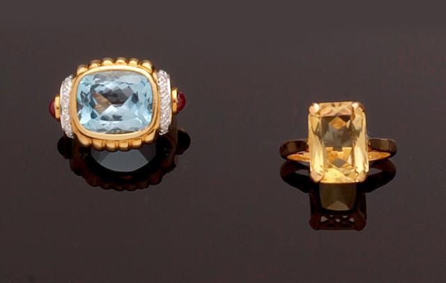 Three gem set dress rings (3)