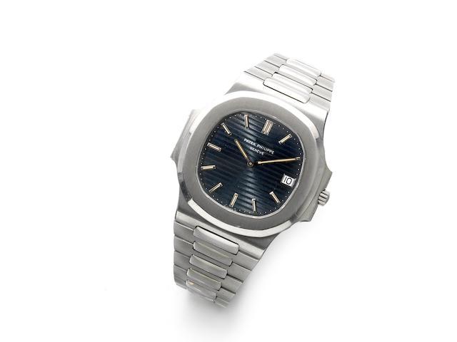 Patek Philippe. A fine stainless steel automatic calendar bracelet watch Nautilus, Ref:3700/1, Case No.540959, Movement No.1308081, Circa 1976