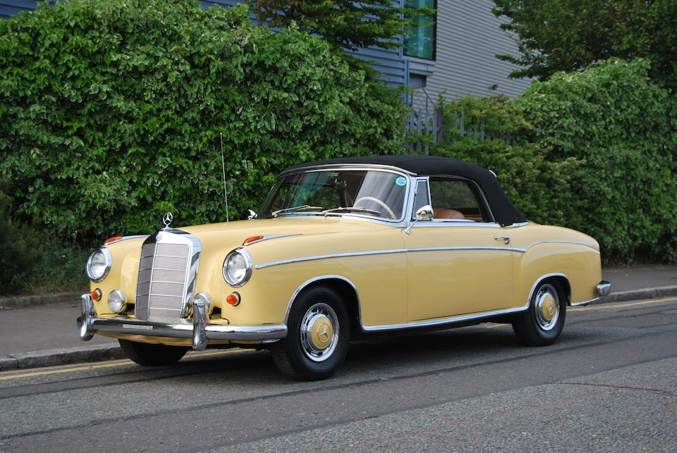 1960 Mercedes-Benz 220 SE Convertible  Chassis no. 12803011003850 Engine no. 12798311000248