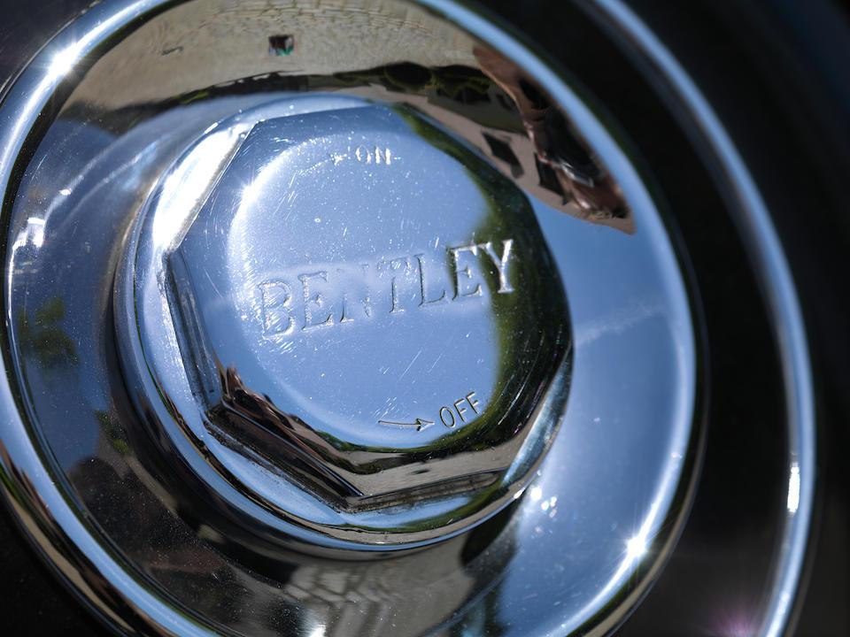 Bentley 4¼-Litre « Aerofoil » Sports Saloon 1937