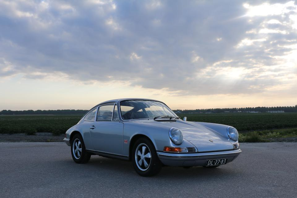 8th car built on LWB Chassis ,1969 Porsche 911T 2.0-Litre Coupé  Chassis no. 119120008 Engine no. 6195012