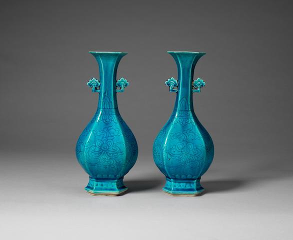 A pair of turquoise-glazed hexagonal bottle vases Kangxi (2)