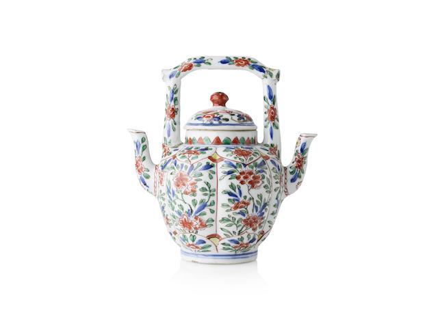 A rare famille verte double spouted teapot Kangxi