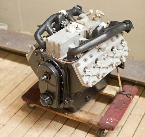 CIRCA 1937 CORD  810/812 ENGINE