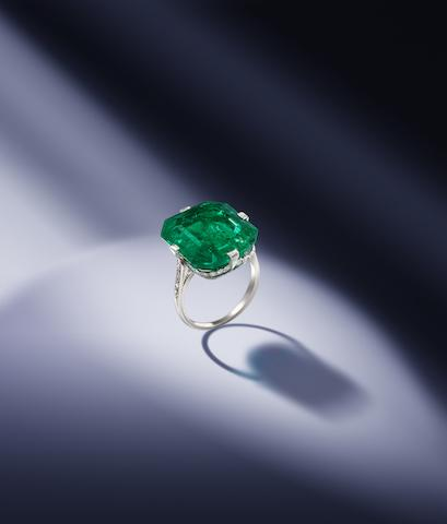 An emerald and diamond ring, by Van Cleef & Arpels,