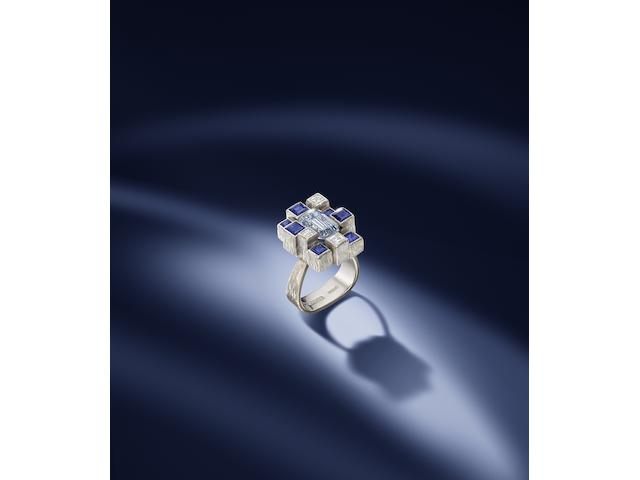 A fancy grayish blue diamond ring, by Andrew Grima,