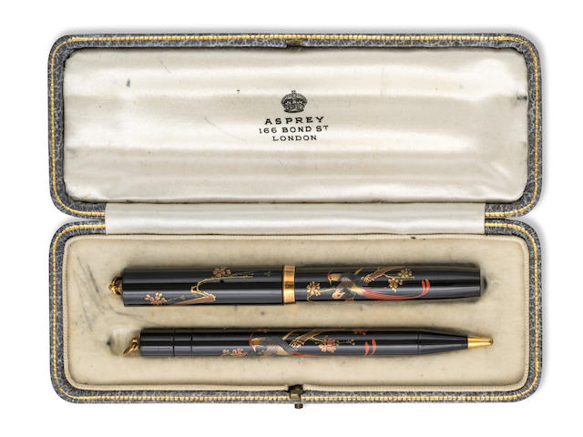 NAMIKI: Pre-Dunhill Lovebirds Maki-e Fountain Pen and Propelling Pencil Set, Original Asprey Box and Nib, c.1925