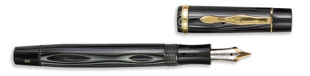 MONTBLANC: Meisterstück No. 124 PL (Platinum-Striped) Push-knob Filler Fountain Pen, 1935-1937