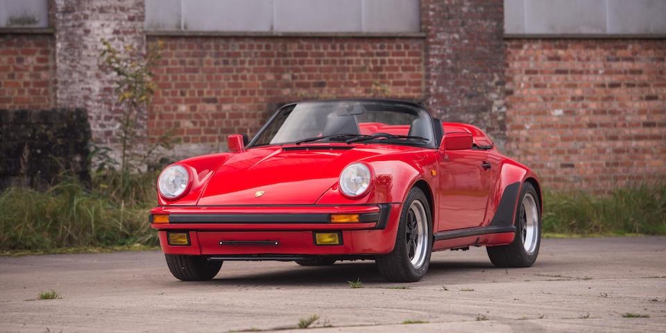 Seulement 950 kilometres d'origine,Porsche 911 Carrera 3.2 litres « Turbo look » Speedster 1989