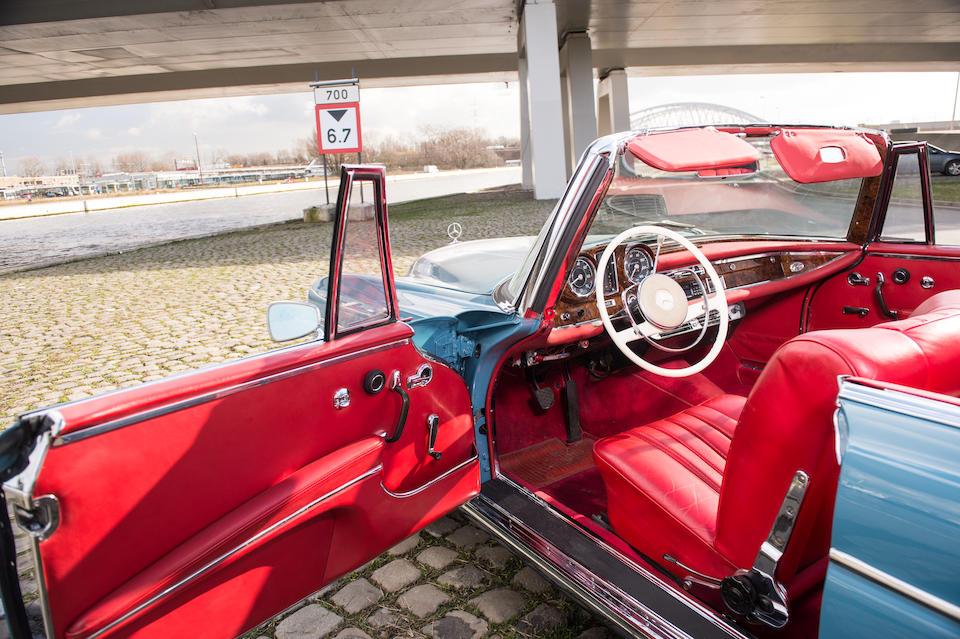 1964 Mercedes-Benz 300 SE Cabriolet  Chassis no. 112.023-12-005430 Engine no. 189987-12-000031