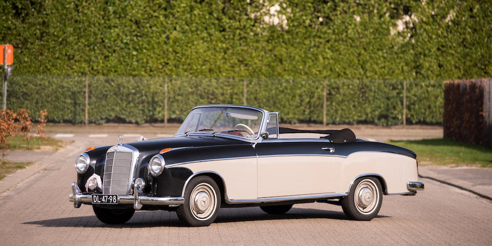 1960 Mercedes-Benz 220 SE 'Ponton' Cabriolet  Chassis no. 128.030-10-003899 Engine no. 127.983-10-001227
