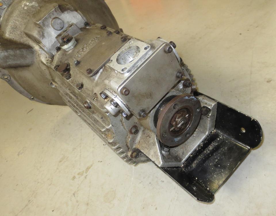 An Aston Martin DB4 4-speed gearbox, ((3))