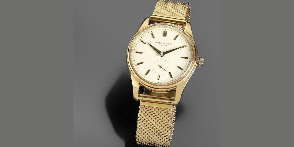 Patek Philippe. A rare and unusual 18K gold automatic calendar bracelet watch Calatrava, Ref:2526, Case No.2606826, Movement No.766467, Circa 1960