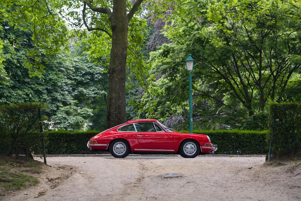 Restaurée par Porsche Classic,Porsche  911 2.0 litre « châssis court » coupé 1965