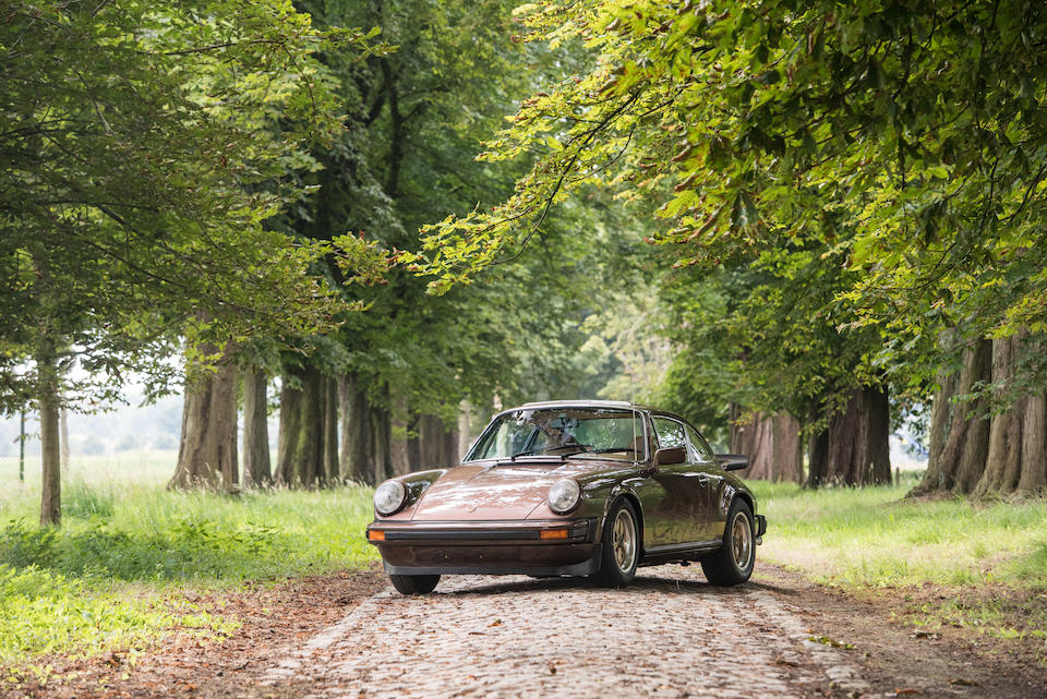 1 of only 2 built to these specifications,1976  Porsche  911 Carrera 2.7-Litre MFI 'Sondermodell' Coupé  Chassis no. 911 660 9034 Engine no. 666 8056