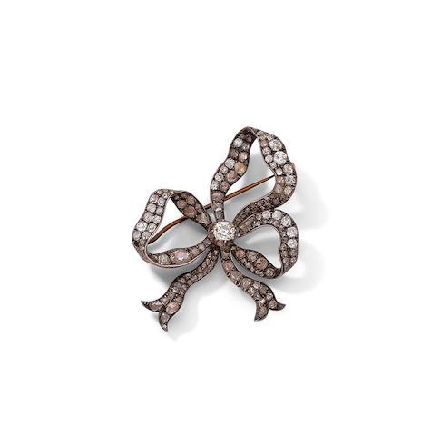 A late 19th century diamond bow brooch