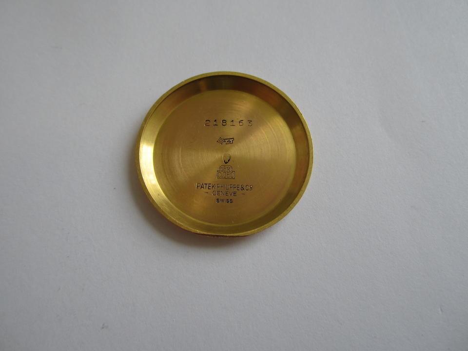 Patek Philippe. An 18K gold manual wind wristwatch Case No.218163, Movement No.85034, Circa 1950