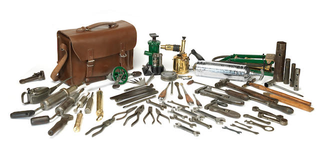 Assorted tools to suit a veteran or vintage car including Bentley, ((Qty))