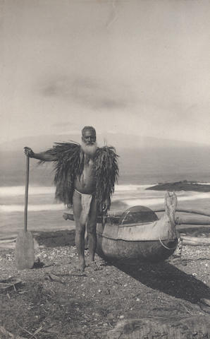 """HAWAII - PHOTOGRAPHY """"Vistas of Hawaii Illustrating Life and Scenery in the Hawaiian Islands"""", and other related ephemera (small quantity)"""