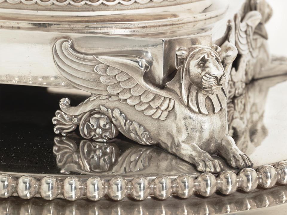 An impressive George III silver soup tureen on stand by Paul Storr, London 1807, rim stamped 'RUNDELL BRIDGE ET RUNDELL AURIFICES REGIS ET PRINCEPIS WALLIAE LONDINI FECERUNT'