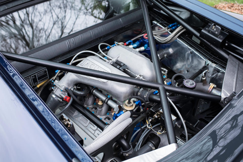 Number '31' of approximately 275 made,1993  Jaguar  XJ220 Coupé  Chassis no. SAJJEAEXBAX220871