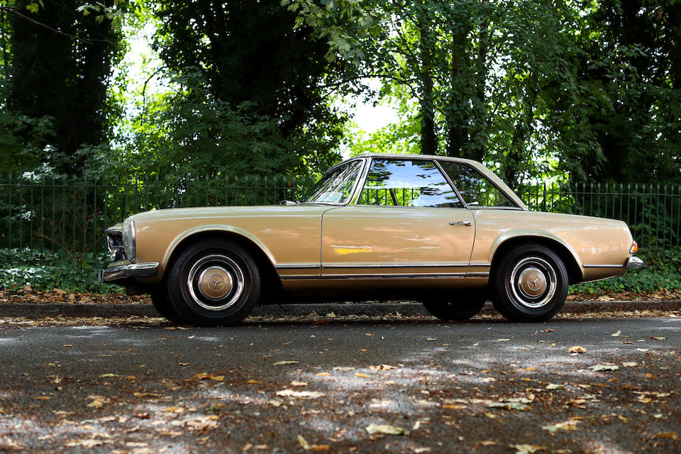 1967 Mercedes-Benz 250 SL Convertible with Hardtop  Chassis no. 11304322002269