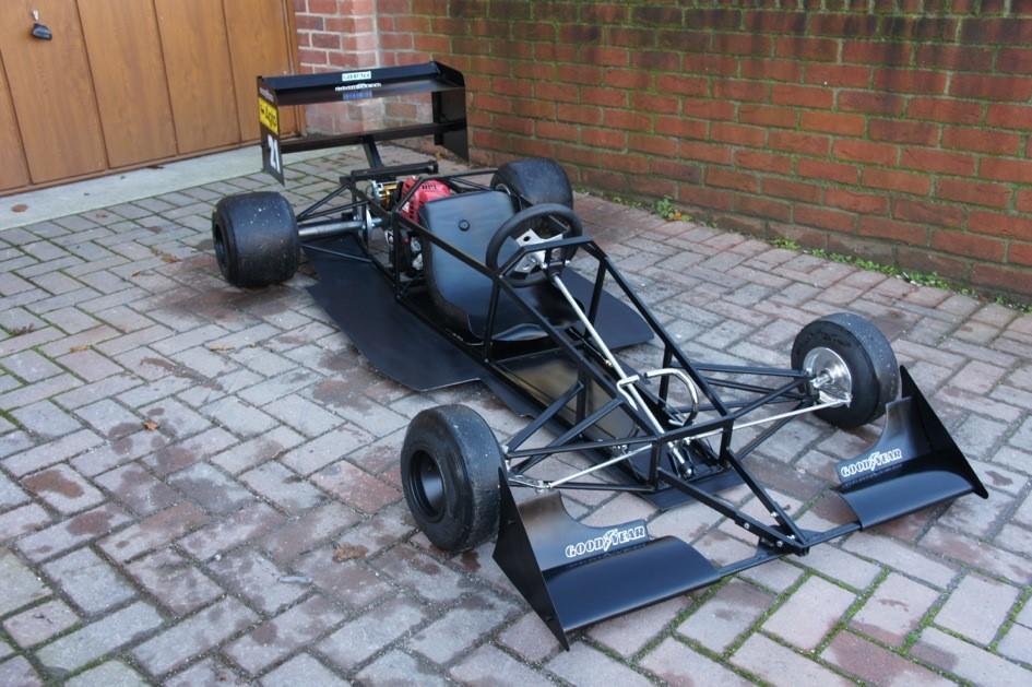 A 1989 Ferrari F640 single seat child's car,
