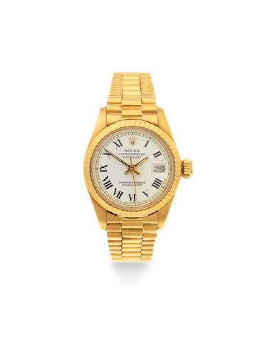 Rolex. A lady's 18K gold automatic calendar bracelet watch  Datejust, Ref: 6917, Circa 1980