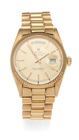 Rolex. An 18K gold automatic calendar bracelet watch  Day-Date, Ref: 1803, Circa 1969