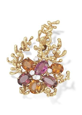 A gem-set brooch, by Kutchinksy, 1968