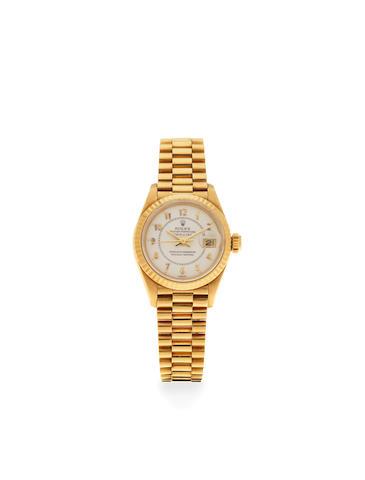 Rolex. A lady's 18K gold automatic calendar bracelet watch  Datejust, Ref: 69178, Circa 1984