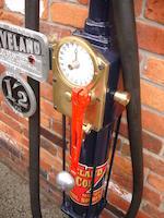 An early Avery Hardoll model CH1 hand cranked one gallon petrol pump