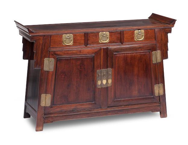 A huanghuali altar coffer, lainsanchu Qing Dynasty