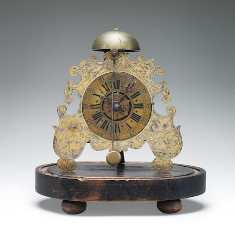 A small and rare mid 18th century German spring-driven alarm timepiece 2