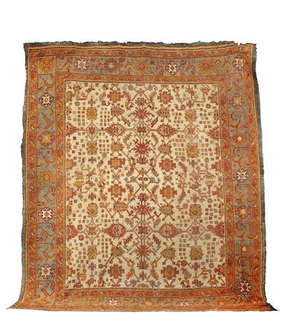 An Ushak carpet   Central Persia, 367cm x 452cm