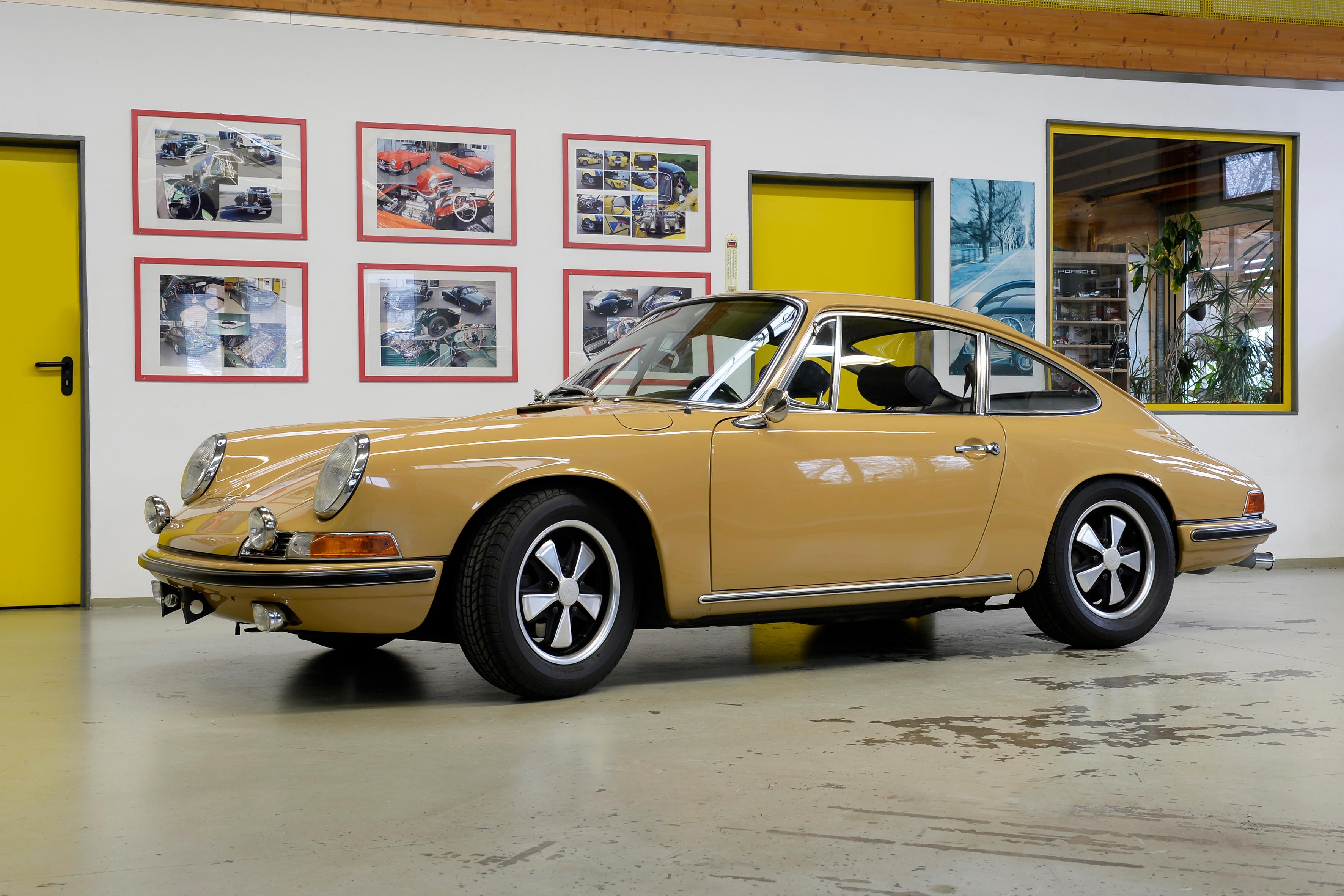 Porsche 911 S 2 litres « empattement court » coupé 1967