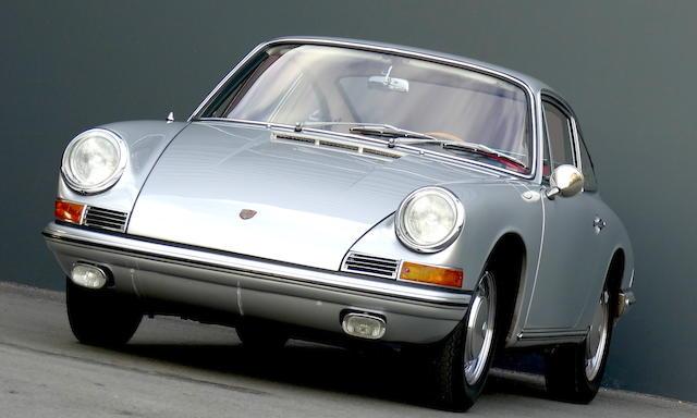 Porsche 911 « empattement court » coupé 1965
