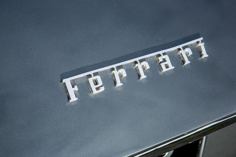 Ferrari 365GTB/4 Daytona 1970 transformée en spider