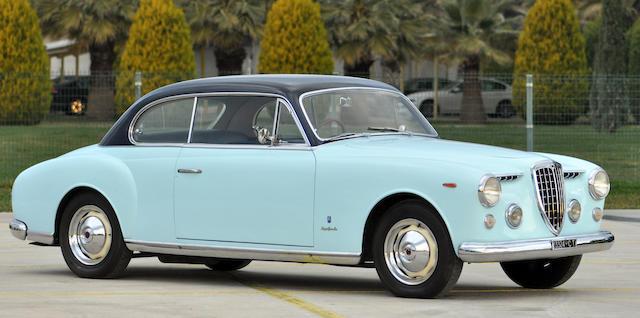 Voiture du Salon de Turin 1953,Lancia Aurelia B53 coupé 1952
