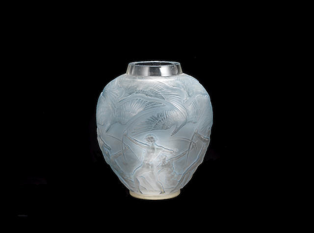A RENÉ LALIQUE FROSTED AND POLISHED GLASS 'ARCHERS' VASE ENGRAVED 'R.LALIQUE FRANCE'; PRE 1945