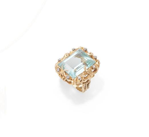 An aquamarine and diamond ring, circa 1970