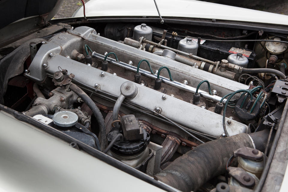 1967 Aston Martin DB6 Sports Saloon  Chassis no. DB6/3073/R