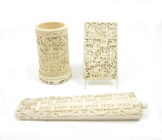 Three carved export ivory items 19th century (3)