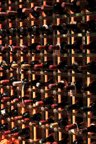 Bonhams : Ornellaia 1990, Bolgheri (1) Masseto 1995, Tenuta