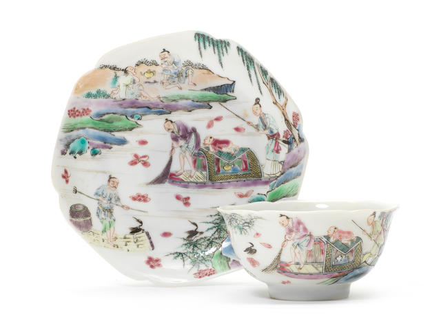 A fine famille rose 'fishermen' tea bowl and saucer Yongzheng (2)